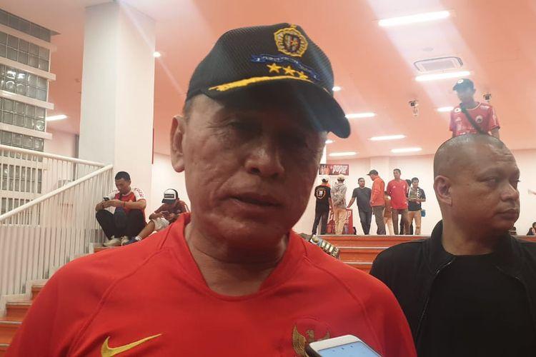 Caketum PSSI, M Iriawan alias Iwan Bule menonton laga Persija vs Persib di SUGBK (10/7/2019).