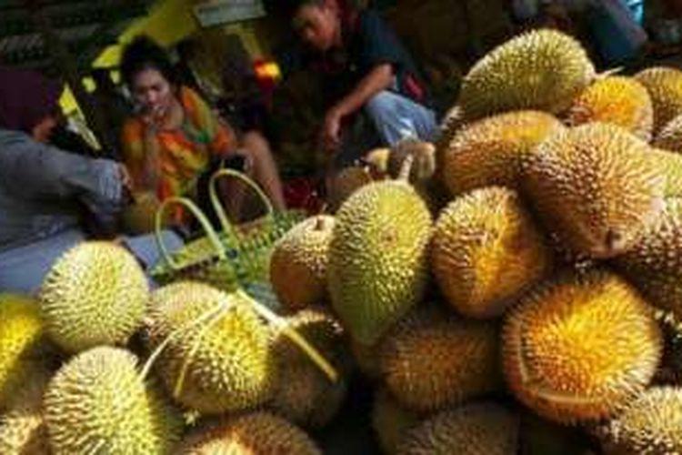 Durian-durian kualitas unggul dari Semarang.
