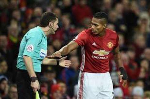 Valencia Bakal Bertahan Setahun Lagi di Man United