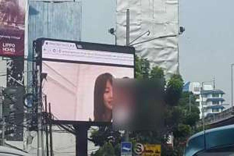 Videotron di kawasan Jakarta Selatan yang diduga menayangkan video porno pada Jumat (30/9/2016) siang.