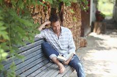 5 Manfaat Membaca Novel Fiksi, Berdampak Positif pada Otak