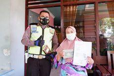 Di Kupang, Petugas Ditlantas Antar BPKB Sampai ke Rumah Cuma-cuma