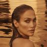 Disebut Suntik Botoks oleh Warganet, Jennifer Lopez Geram