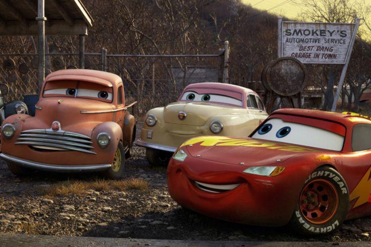 Cars 3, ketika Ligthning McQueen tak lagi secepat dulu.