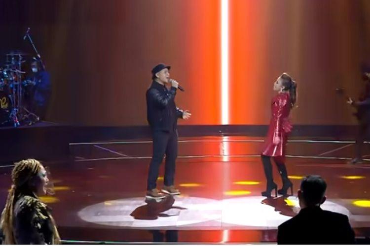 Penyanyi Rossa dan PADI Reborn duet di malam Grand Final Indonesian Idol, Senin (26/4/2021).