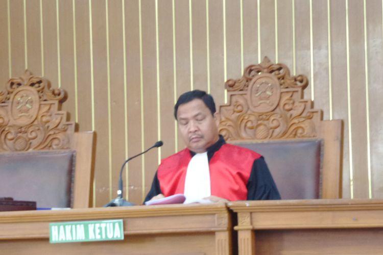 Hakim Kusno dalam sidang praperadilan yang diajukan Setya Novanto di PN Jaksel, Jumat (8/12/2017).