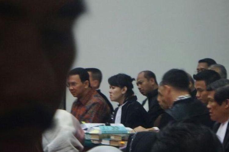 Gubernur non-aktif DKI Jakarta Basuki Tjahaja Purnama dalam persidangan kasus dugaan penodaan agama di Kementrian Pertanian, Selasa (30/1/2017).