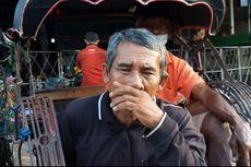 Kisah Kakek Pengayuh Becak di Semarang Tak Bisa Makan karena Sepi Penumpang
