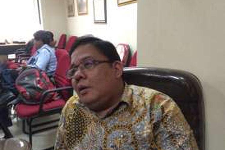 Komisioner Ombudsman RI, Adrianus Meliala di Kantor Ombudsman RI, Jakarta, Rabu (12/10/2016).