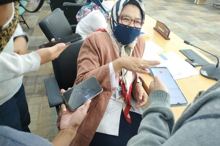 Kepala Dinas Badan Kepegawaian Daerah (BKD) DKI Jakarta Maria Qibtya saat ditemui di Ruang Rapat Komisi A Gedung DPRD DKI Jakarta, Rabu (21/4/2021)