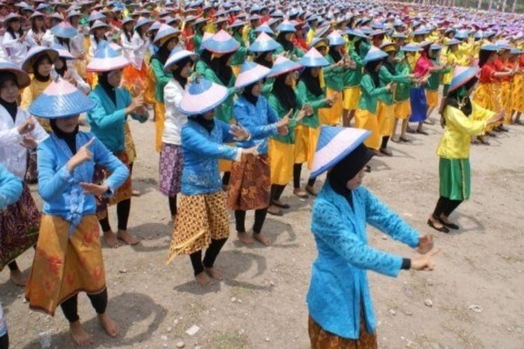 Tari Pamonte Sulawesi Tengah