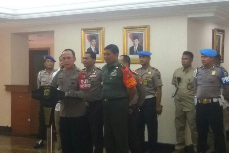 Kapolda Metro Jaya Irjen Mochamad Iriawan konferensi pers penangkapan Miryam S Handayani di Mapolda Metro Jaya, Senin (1/5/2017).