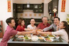 Apa Makna Tradisi Makan Bersama Saat Imlek?