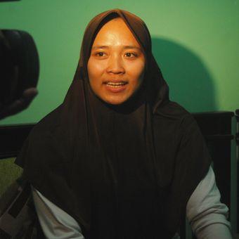 Aries Susanti Rahayu (23) saat ditemui di rumahnyadi Desa Taruman, Kecamatan Klambu, Kabupaten Grobogan, Jawa Tengah, Minggu (20/5/2018) malam.