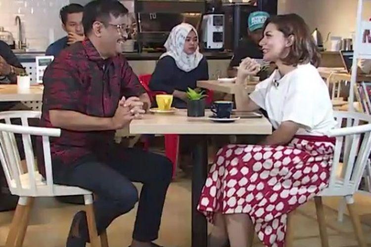 Mantan Gubernur DKI Jakarta Djarot Saiful Hidayat saat diwawancara Najwa Shihab pada Minggu (22/10/2017).