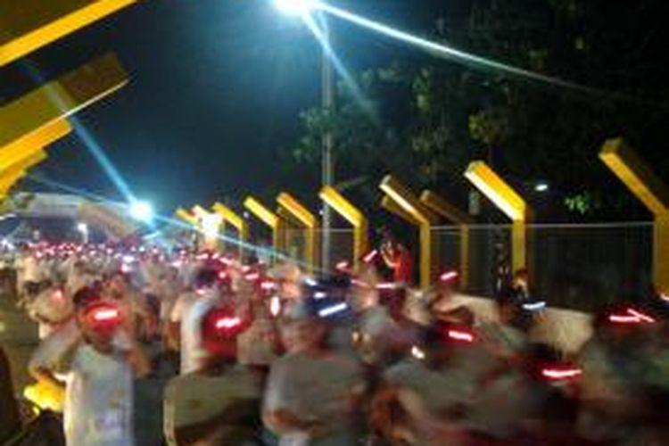 Para peserta Shell Helix Ultra 10K Race di BSD Green Park, Tangerang, Sabtu (8/11/2014).