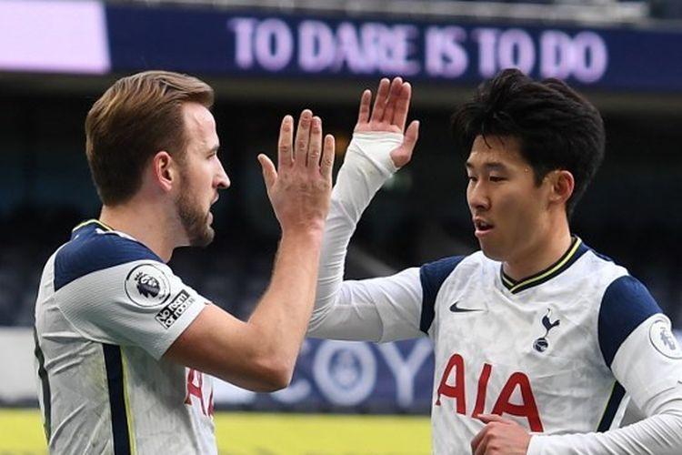 Harry Kane (kiri) dan Son Heung-min (kanan) pada laga kontra Leeds United yang berlangsung di Stadion Tottenham Hotspur, Sabtu (2/1/2021) malam WIB.