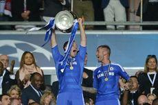 Alasan John Terry Angkat Trofi Liga Champions dengan Jersey Lengkap Chelsea