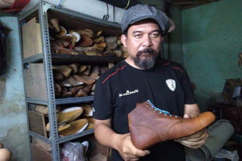 Kisah Kang Bule, Jatuh Bangun Bikin Sepatu Bot hingga Dipakai Jokowi
