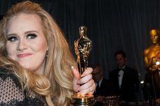 Adele Ungkap Alasan Tak Rilis Album pada Layanan