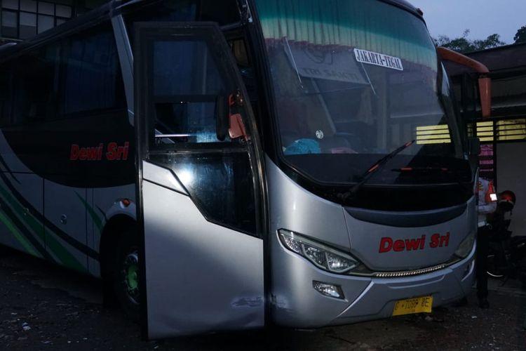 Bus AKAP Dewi Sri berhasil dikandangkan Kemenhub karena langgar PPKM Darurat