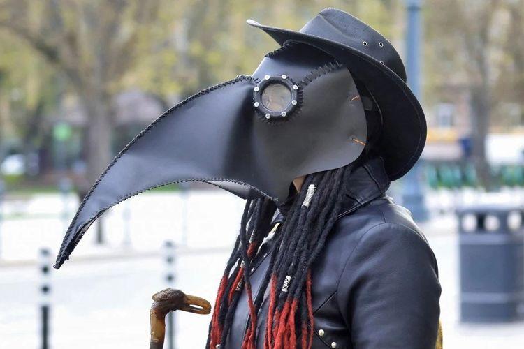 Masker karya seniman Donatas Dubauskas.