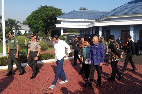 Kaesang yang Pengaruhi Jokowi Pakai Sepatu Kets