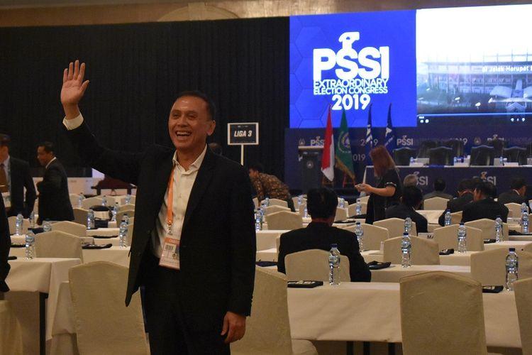 Mochamad Iriawan alis Iwan Bule resmi terpilih menjadi ketua umum PSSI periode 2019-2023 pada Kongres Luar Biasa PSSI 2019 pada Sabtu (2/11/2019) di Shangri-La Hotel, Jakarta.