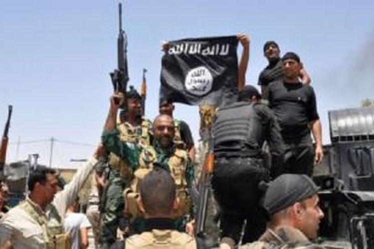 Militan ISIS di Irak utara. Kawasan Irak utara dan Suriah adalah salah satu yang paling berbahaya di dunia bagi wartawan