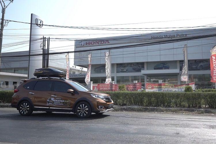 Ketersediaan dealer Honda di sejumlah titik menuju destinasi kota batik cukup tersedia.