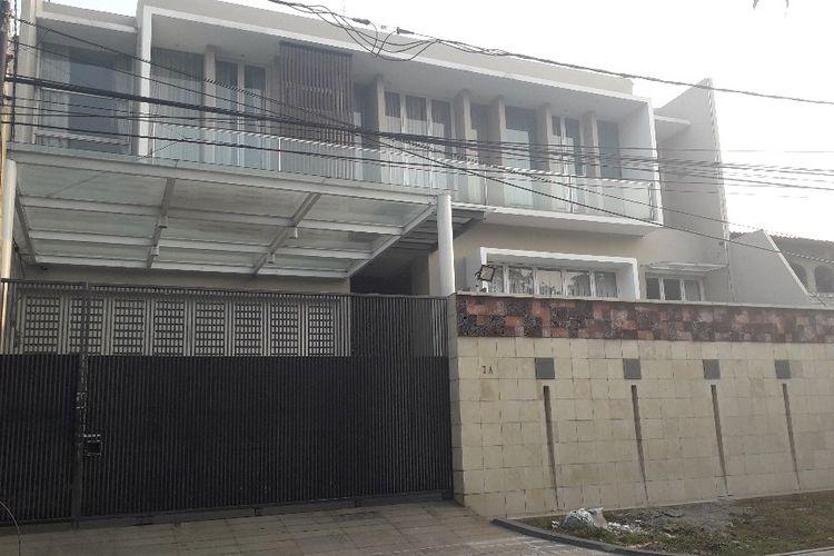 Galeri Pagar Rumah Mewah  sudah terjual rumah lokasi pembunuhan di pulomas belum