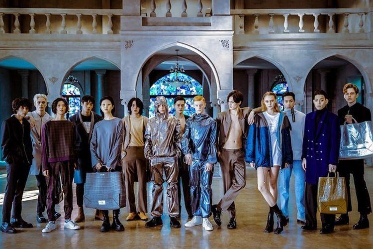 De_caffeine homme, salah satu label yang melakukan pertunjukan di Rakuten Fashion Week 2020.