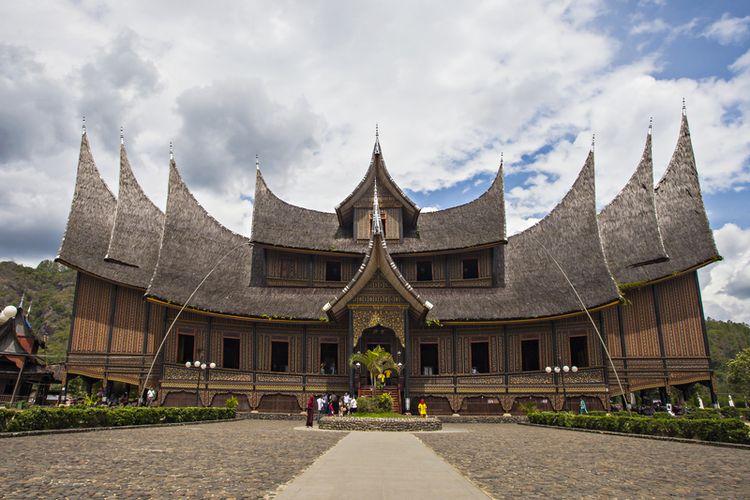 Istana Pagaruyung.