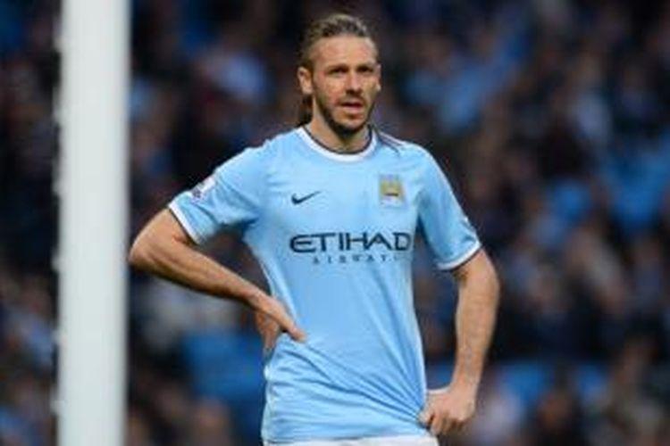 Bek Manchester City, Martin Demichelis.