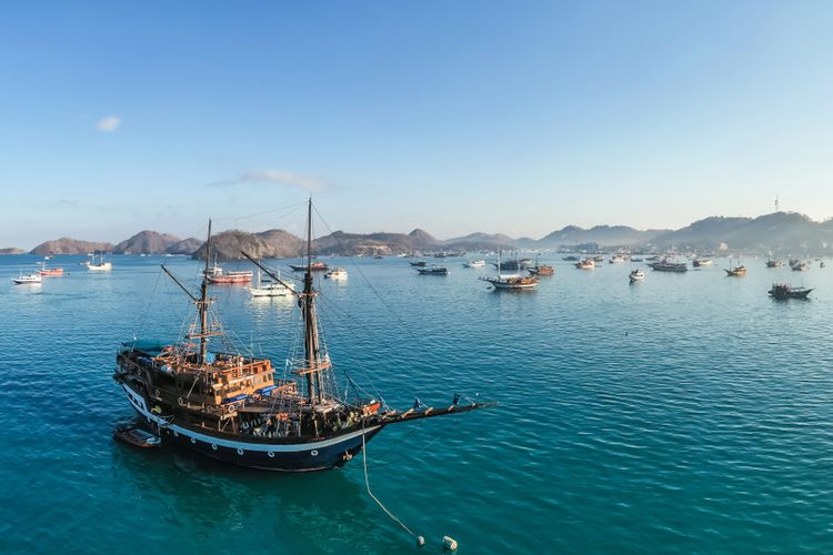 An image of ships lined up in Labuan Bajo in Indonesia.