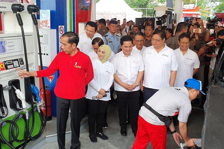 Presiden Joko Widodo meresmikan implementasi program Biodiesel 30 persen (B30). Peresmian dilakukan di SPBU Pertamina MT Haryono, Jakarta Selatan, Senin (23/12/2019).