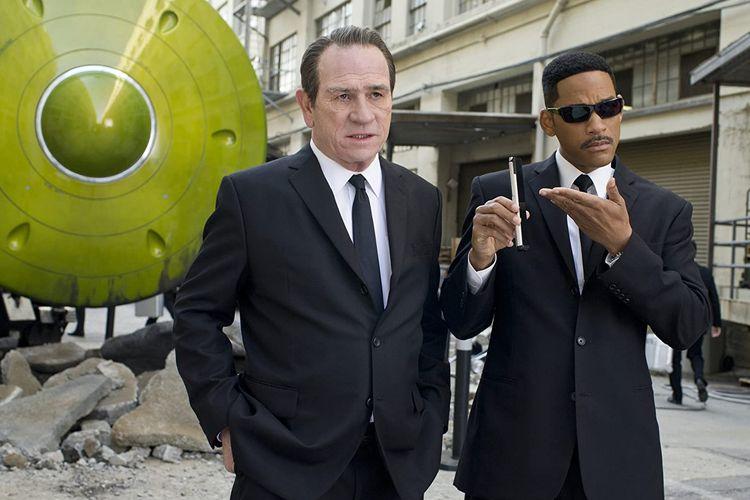 Sinopsos Film Men In Black 3 Aksi Will Smith Selamatkan Rekannya Yang Telah Terbunuh
