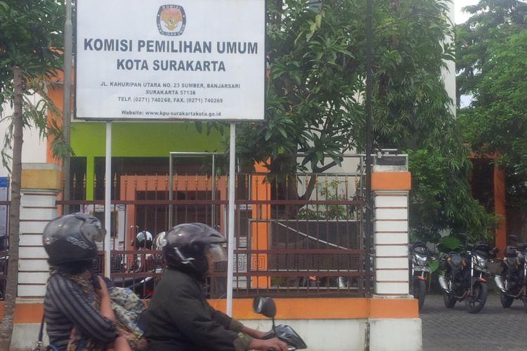 Kantor KPU Kota Surakarta di Jalan Kahuripan Utara Sumber, Banjarsari, Solo, Jawa Tengah, Kamis (21/2019).