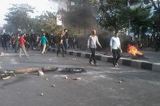 Rekannya Dipukul Polisi Saat Bikin SIM, Mahasiswa Blokade Jalan
