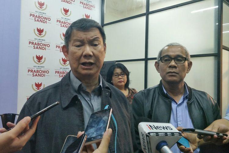Direktur Komunikasi dan Media Badan Pemenangan Nasional pasangan (BPN) Hashim Djojohadikusumo saat ditemui di media center pasangan Prabowo-Sandiaga, Jalan Sriwijaya I, Jakarta Selatan, Senin (21/1/2019) malam.