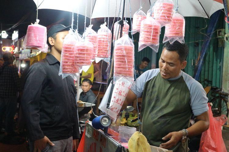 Jajanan arum manis yang legendaris di Pasar Lama