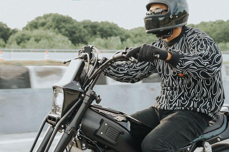 Motor custom Yamaha XSR 155 bergaya Skinny Clubstyle garapan Kedux Garage