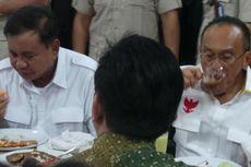 Bersama Ical dan Mahfud MD, Prabowo Buka Puasa dengan Ulama Jatim