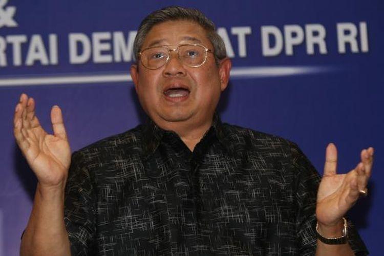 Ketua Umum Partai Demokrat, Susilo Bambang Yudhoyono berbicara kepada wartawan di Wisma Proklamasi, Jakarta Pusat, Rabu (1/2/2017).