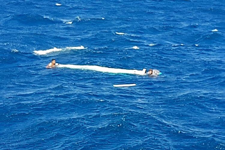 Dua warga Kabupaten Kupang, NTT berhasil selamat saat kejadian tenggelamya kapal pengangkut 24 orang, Minggu (5/7/2020)