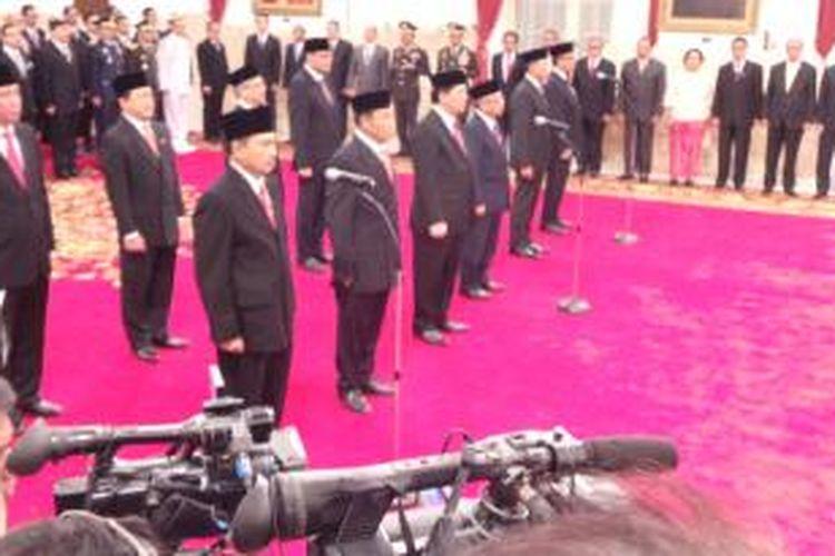 Sepuluh Duta Besar Indonesia yang dilantik Presiden Joko Widodo, di Istana Negara, Jakarta, Rabu (23/12/2015).