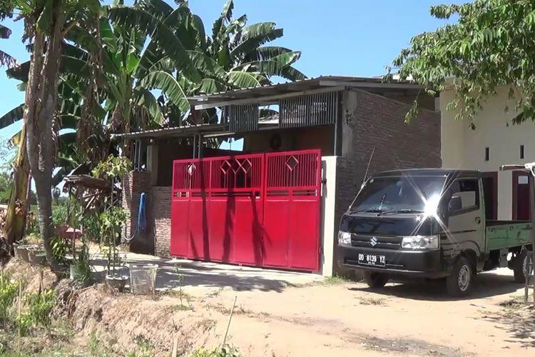 Rumah Isteri Harun Masiku, buronan Komisi Pemberantasan Korupsi (KPK) di Kabupaten Gowa, Sulawesi Selatan tampak lengang. Selasa, (25/8/2020).