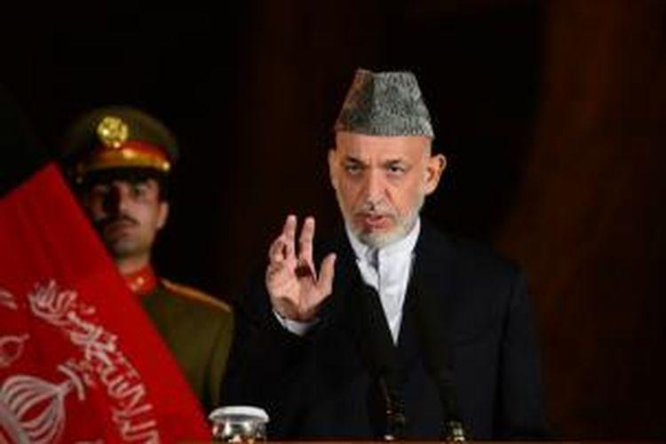 Presiden Afganistan Hamid Karzai sudah menduduki jabatannya selama dua periode sehingga tak bisa mencalonkan diri lagi dalam pemilihan presiden tahun depan.