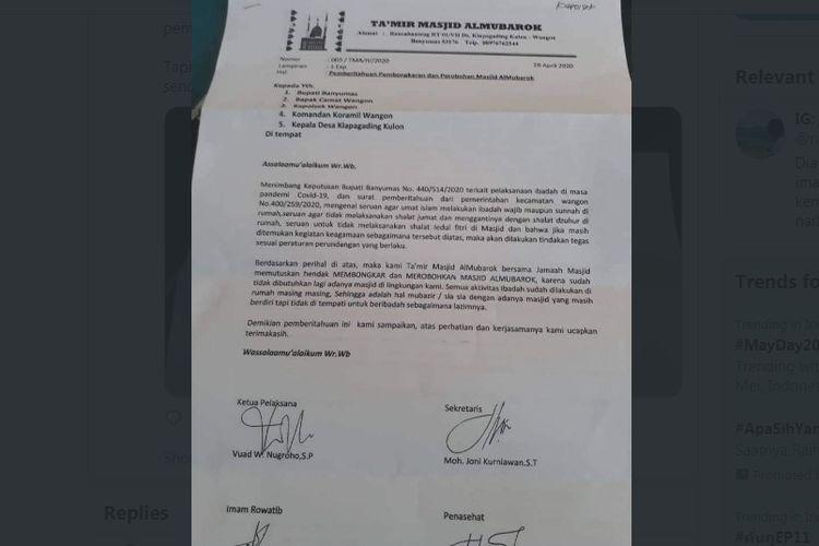 Viral surat pemberitahuan takmir dan jemaah akan merobohkan masjid di Banyumas karena kecewa diimbau ibadah dari rumah selama pandemi Covid-19.