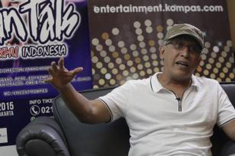Iwan Fals saat saat berbincang dengan Kompas.com usai jumpa pers konser Untukmu Indonesia di Jakarta Golf Club, Rawamangun, Jakarta Timur, Kamis (12/11/2015).